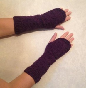 Pattern fingerless done on